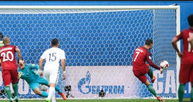 """Bán kết Confed Cup: Ronaldo bị khinh thường, coi là """"kẻ vô hình"""" - 1"""