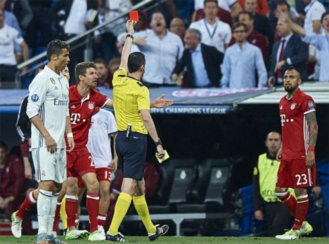 """Bán kết Confed Cup: Ronaldo bị khinh thường, coi là """"kẻ vô hình"""" - 2"""