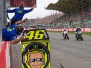 """Thể thao - Đua xe MotoGP: Cú Decima lịch sử của huyền thoại """"The Doctor"""""""