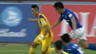 """Than Quảng Ninh - Khánh Hòa: Bàn phản lưới """"siêu dị"""""""