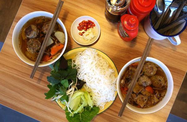 """Những món ngon """"chất lừ"""" của Việt Nam được báo nước ngoài ca ngợi - 1"""