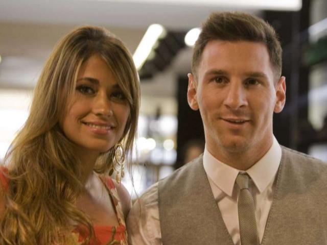 Đám cưới Messi: Khách mời đánh bạc, vợ bạn hát góp vui