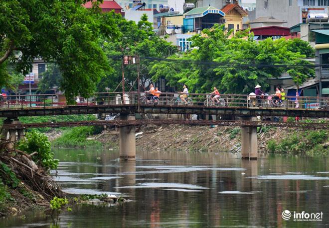 """Cận cảnh những dòng sông """"chết"""" ở Hà Nội sắp được hồi sinh - 10"""