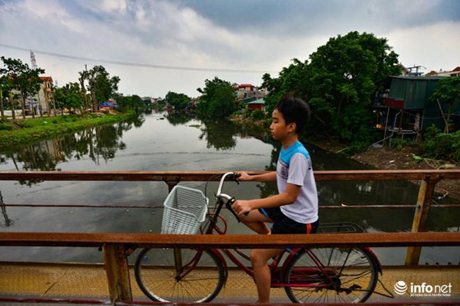 """Cận cảnh những dòng sông """"chết"""" ở Hà Nội sắp được hồi sinh - 11"""