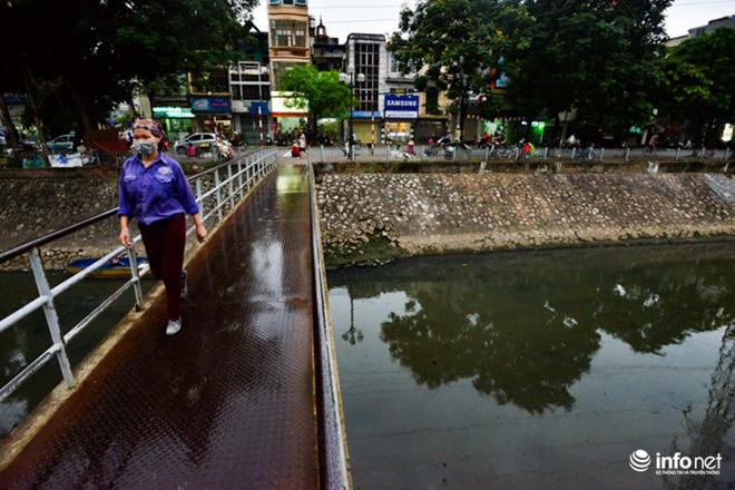 """Cận cảnh những dòng sông """"chết"""" ở Hà Nội sắp được hồi sinh - 13"""