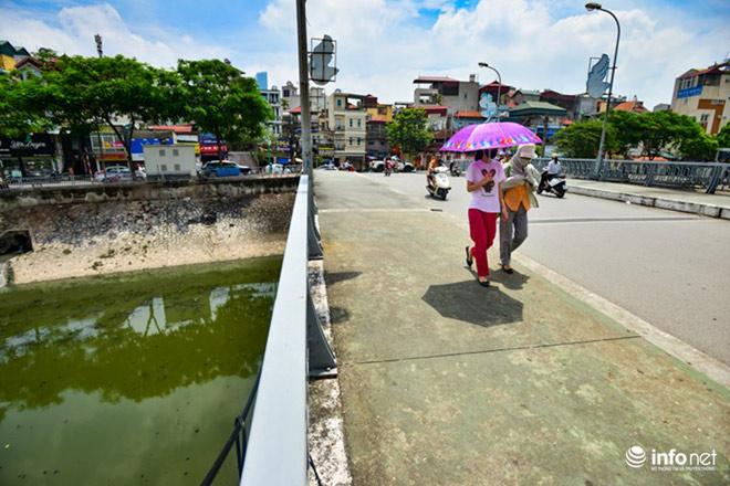 """Cận cảnh những dòng sông """"chết"""" ở Hà Nội sắp được hồi sinh - 4"""