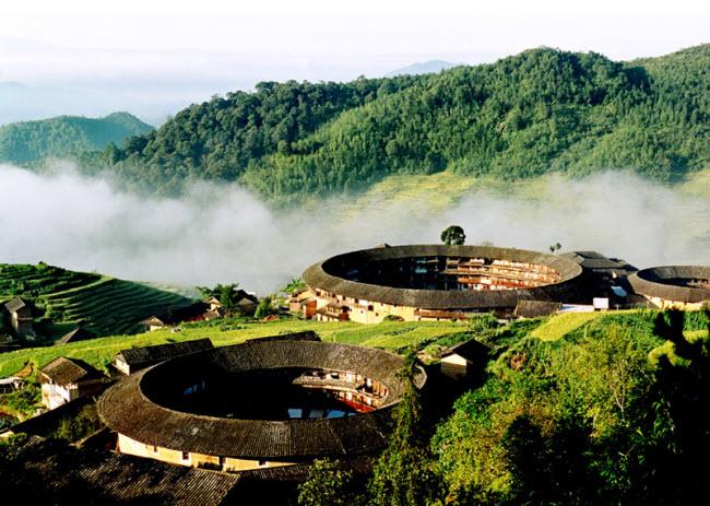 Ngôi làng nổi danh thế giới nhờ công trình kiến trúc có một không hai - 10