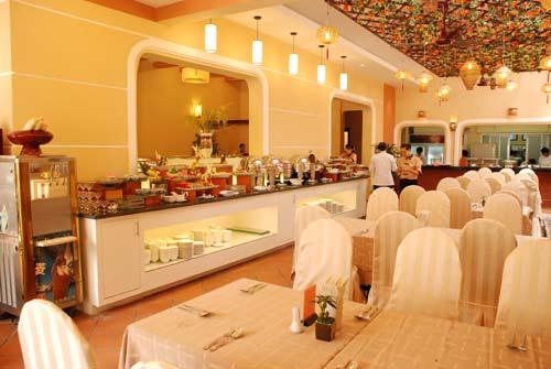 Thưởng thức món ăn dân dã tại nhà hàng Cơm Nắm Việt - 1