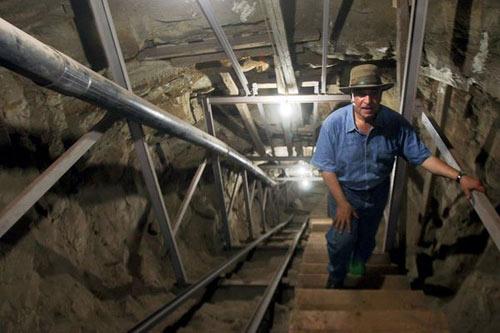 Phát hiện đường hầm bí mật lăng Pharaoh - 1