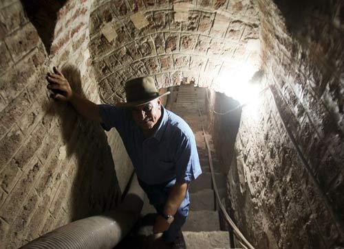 Phát hiện đường hầm bí mật lăng Pharaoh - 2