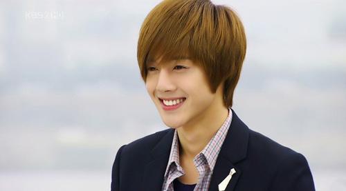 Mỹ nam Hàn nào có làn da đẹp nhất? - 4