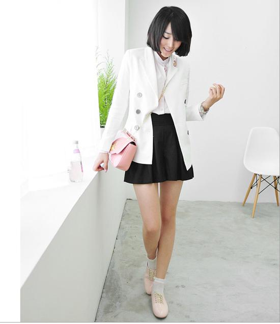 Thời trang công sở: Sooc váy kín mà sexy - 1
