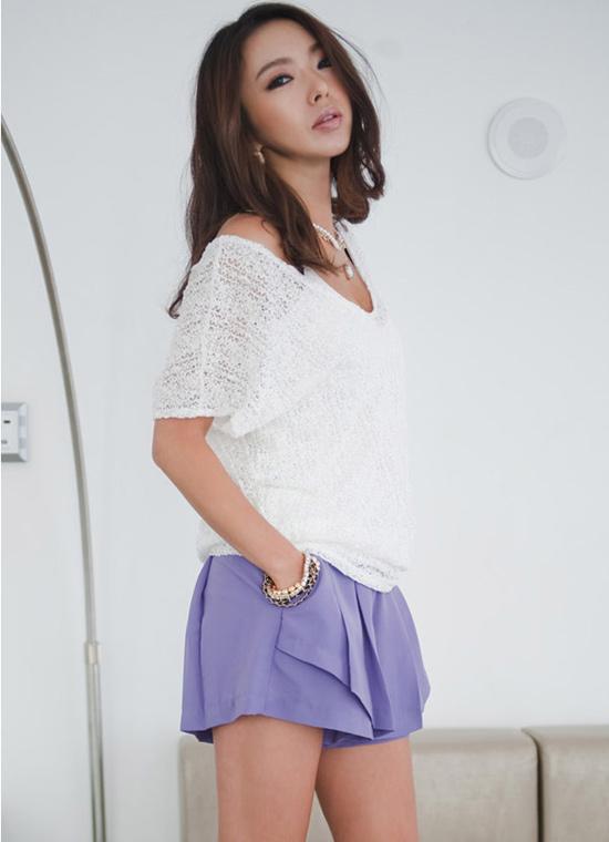 Thời trang công sở: Sooc váy kín mà sexy - 14