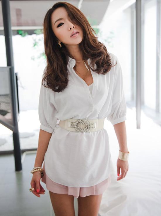 Thời trang công sở: Sooc váy kín mà sexy - 19