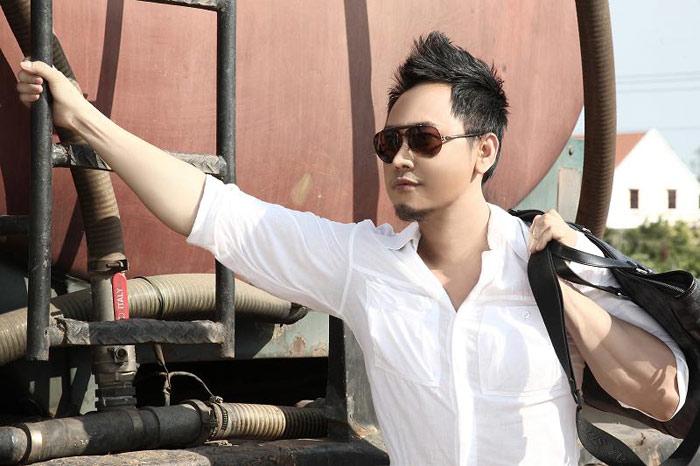 NTK Võ Việt Chung làm… người mẫu - 6