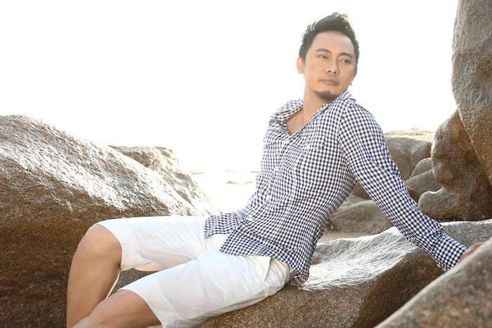 NTK Võ Việt Chung làm… người mẫu - 14