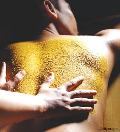 Công dụng trắng mịn da của củ nghệ - 1
