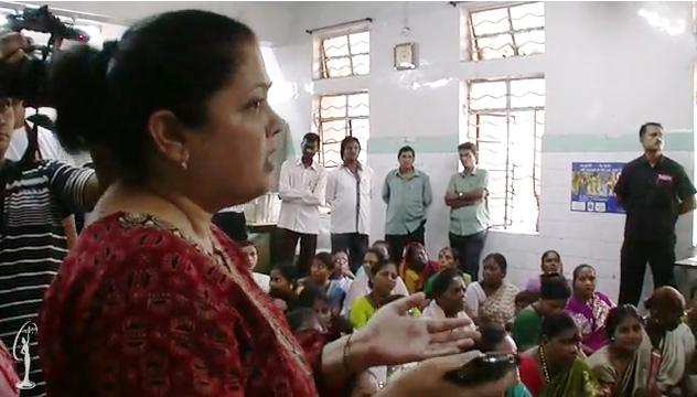 Video: HHHV Thế giới dạy đeo... bao cao su - 3
