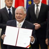 Tổng thống Ba Lan bị đe dọa trước khi lâm nạn