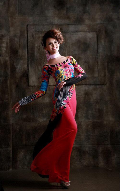 Tư vấn thời trang: Chọn áo dài cho vóc người nhỏ - 9