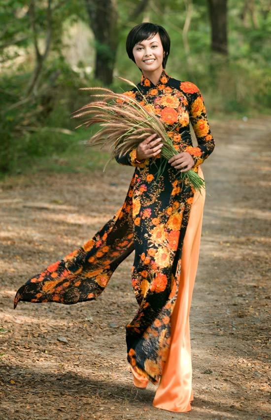 Tư vấn thời trang: Chọn áo dài cho vóc người nhỏ - 5