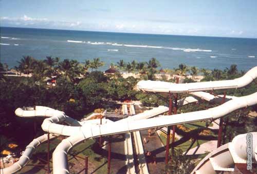 Những cầu trượt nước nổi tiếng thế giới - 5