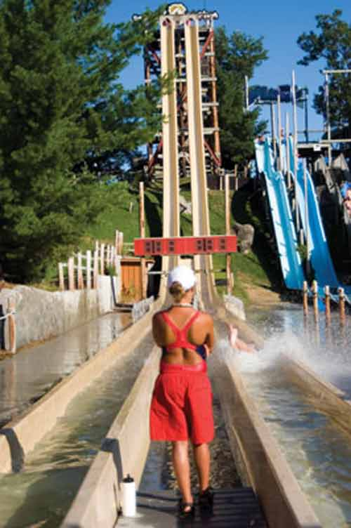 Những cầu trượt nước nổi tiếng thế giới - 3