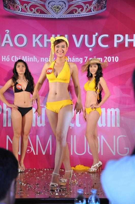 Thí sinh Hoa hậu VN 2010 gợi cảm trong đồ bơi - 14