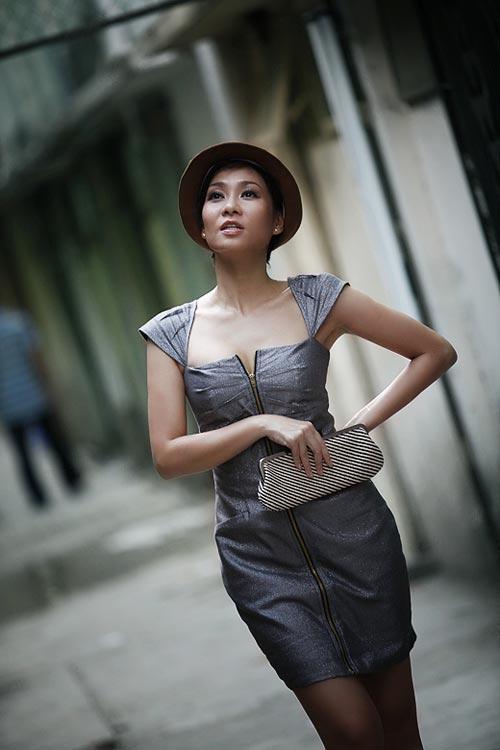Thu Minh sexy giữa phố - 8