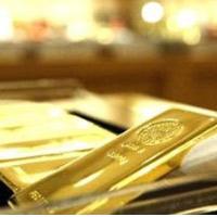 Vàng chật vật giữ mốc 28 triệu đồng/lượng
