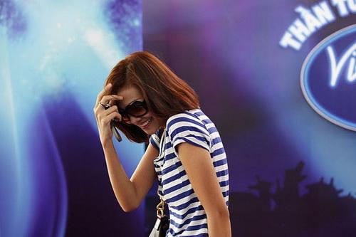 Siêu mẫu Thanh Hằng đi thi Vietnam Idol 2010? - 1