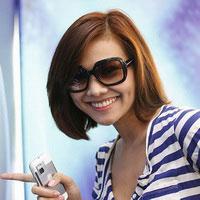Siêu mẫu Thanh Hằng đi thi Vietnam Idol 2010?