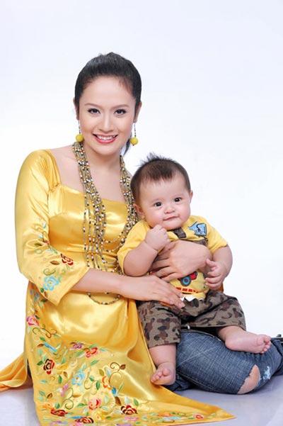Thanh Thúy - Bà mẹ trẻ mát tay - 2