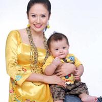 Thanh Thúy - Bà mẹ trẻ mát tay