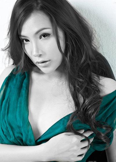 Hồ Quỳnh Hương - Nuối tiếc vì đã phẫu thuật thẩm mỹ - 3