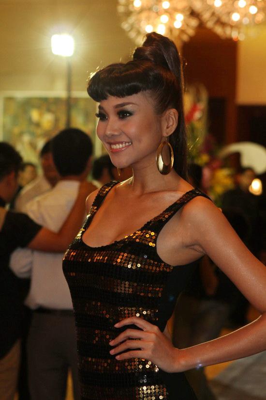 Mai Phương Thúy cực sexy ở Fashion Boulevard - 13