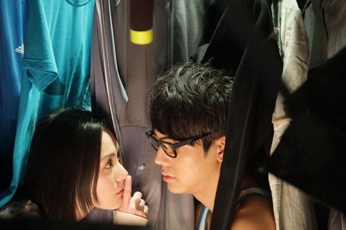 """""""Chung Hân Đồng diễn cảnh sex rất cừ"""" - 2"""