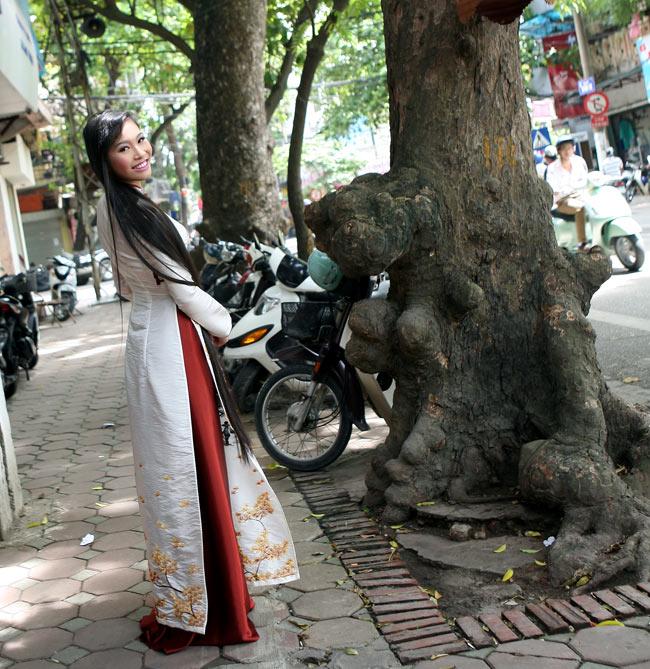 Ngắm nhan sắc có mái tóc dài kỷ lục tại cuộc thi HHTG người Việt - 6
