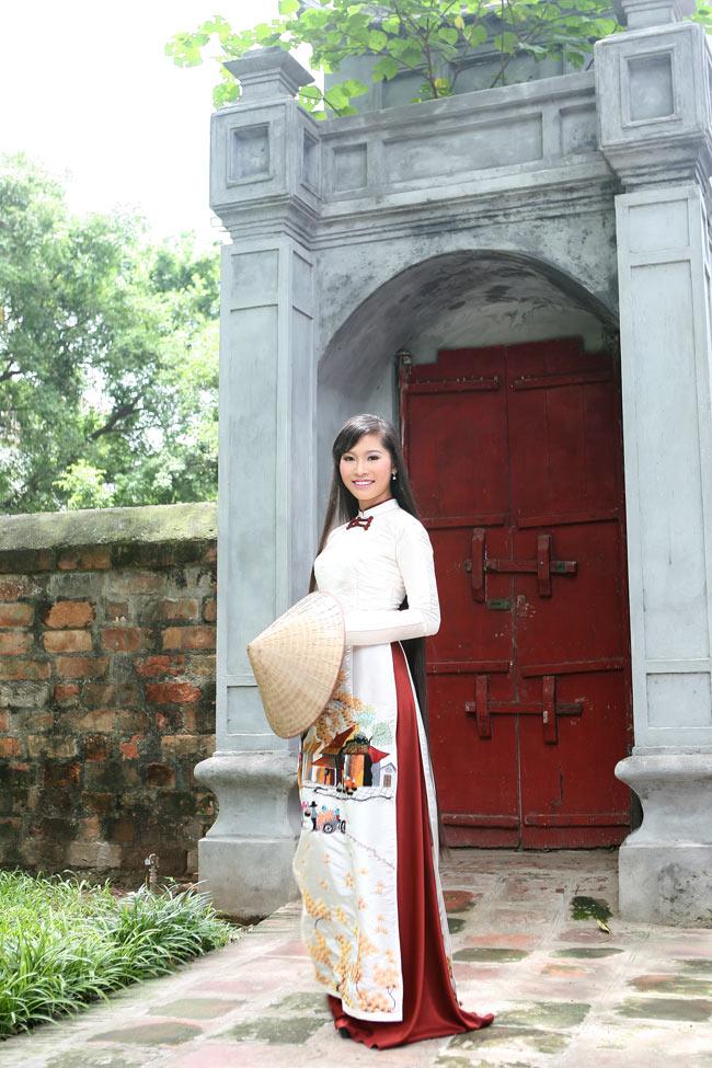 Ngắm nhan sắc có mái tóc dài kỷ lục tại cuộc thi HHTG người Việt - 7