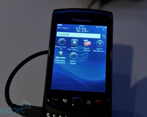 RIM trình làng điện thoại trượt màn hình cảm ứng - 11