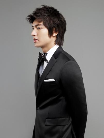 Lee Min Ho bảnh bao với thời trang Hàn Quốc - 12