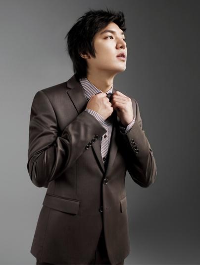 Lee Min Ho bảnh bao với thời trang Hàn Quốc - 13