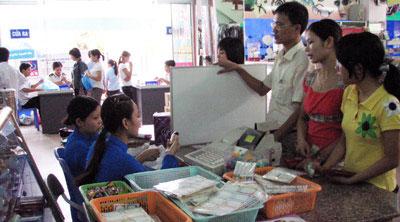 Đồ dùng học tập: Khuyến mại nhiều vẫn khó mua - 1