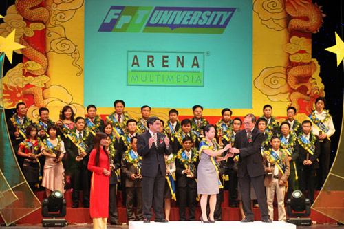 Cơ hội nhận bằng đôi tại FPT Arena - 2