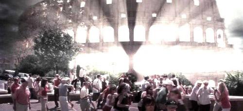Video phim: Đấu trường La Mã bị 'oanh tạc' - 1
