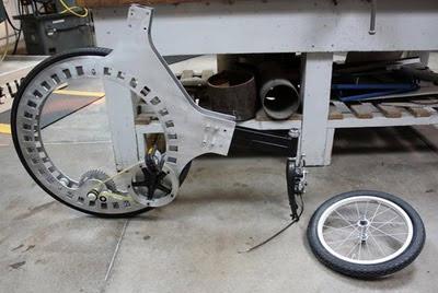 Video: Xe đạp không nan hoa - 1