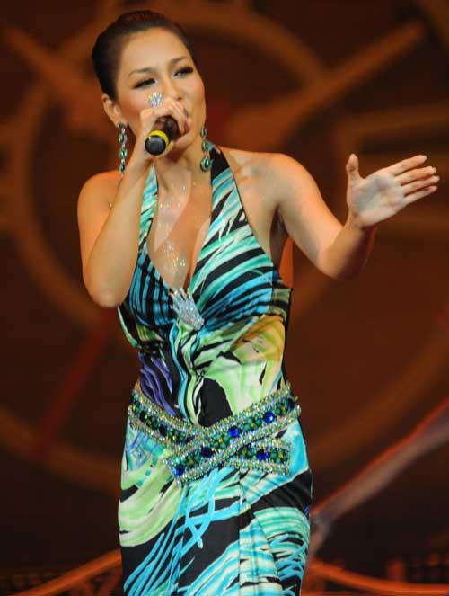 Thu Minh hát với trái tim 'tiền chiến' - 1