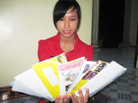 Loạn giấy báo nhập học mùa tuyển sinh - 1