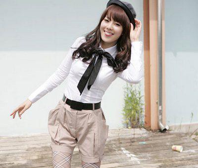 Mặc quần cạp cao để chân dài như Thanh Hằng - 7