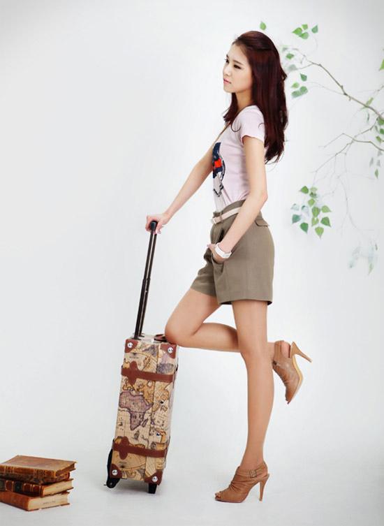 Mặc quần cạp cao để chân dài như Thanh Hằng - 10